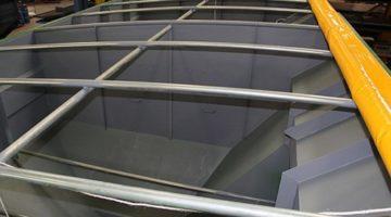 Split grain tanks